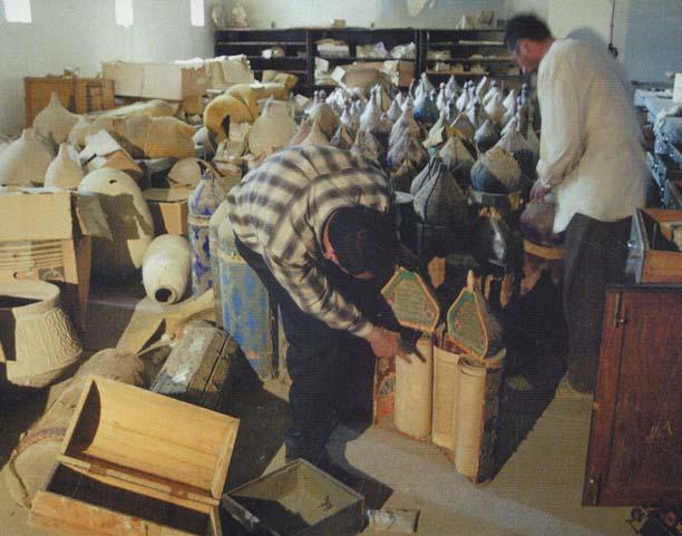 Escrituras sagradas judaicas em Bagdade após a invasão